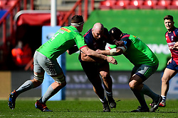 Yann Thomas of Bristol Bears is challenged by Glen Young of Harlequins and Mark Lambert of Harlequins - Mandatory by-line: Ryan Hiscott/JMP - 08/03/2020 - RUGBY - Ashton Gate - Bristol, England - Bristol Bears v Harlequins - Gallagher Premiership Rugby