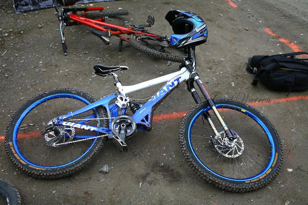 mountain bike images  2009