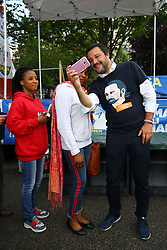 SALVINI FA SELFIE CON DIVERSI EXTRACOMUNITARI<br /> MATTEO SALVINI MINISTRO DELL'INTERNO E LEADER LEGA A FERRARA PER SOSTENERE LA CANDIDATURA A SINDACO DI ALAN FABBRI