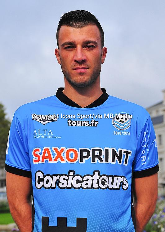 Xavier TOMAS - 04.10.2013 - Photo Officielle - Tours -<br /> Photo : Philippe LE BRECH / Icon Sport