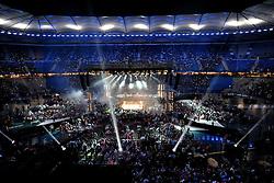 02.07.2011, Imtech Arena, Hamburg, GER, Weltmeisterschaft Schwergewicht, IBF-, WBO- und IBO-Weltmeister Wladimir Klitschko (GER) vs WBA-Champion David Haye, // during the WM fight between Wladimir Klitschko and David Haye, in the Imtech Arena, Hamburg, 2011/07/02   im Bild die Arena mit Light-Show vor dem Kampf.EXPA Pictures © 2011, PhotoCredit: EXPA/ nph/  Witke       ****** out of GER / CRO  / BEL ******
