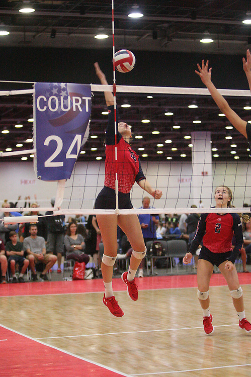 GJNC - July 2018 - Detroit, MI - 16 Open - Elite (black) - AVC (red) - Photo by Wally Nell/Volleyball USA
