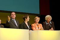23 OCT 2003, BERLIN/GERMANY:<br /> Gerhard Schroeder, SPD, Bundeskanzler, Claudia Nolte, CDU, Bundesfamilienminister a.D., Christine Bergmann, SPD, Bundesfamilienministerin a.D., und Renate Schmidt, SPD, Bundesfamilienministerin, (v.L.n.R.), waehrend der 50-Jahr-Feier des Bundesfamilienministeriums, Berliner Ensemble<br /> IMAGE: 20031023-01-023<br /> KEYWORDS: Gerhard Schöder