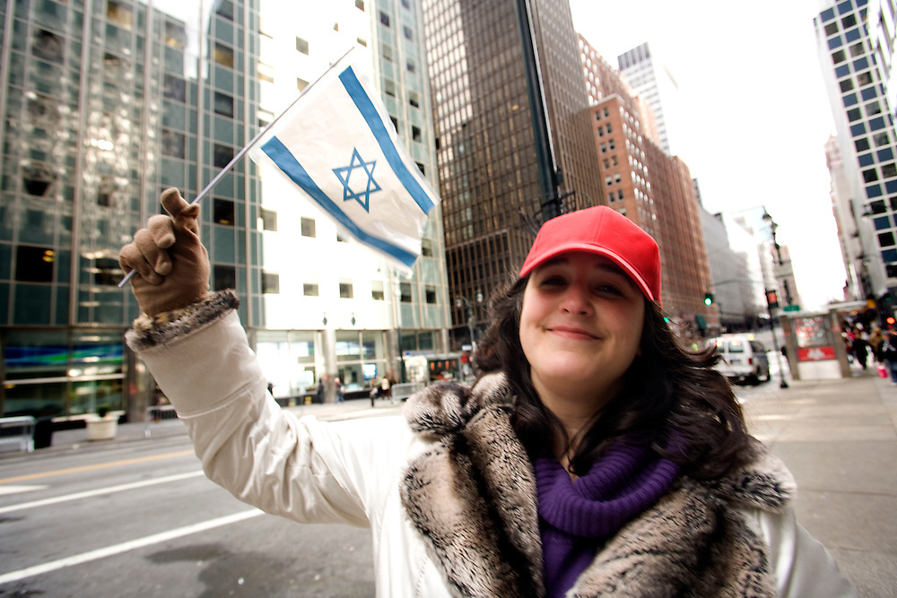 Demonstrates in New York supporting Israel and the operation in the Gaza strip..Sunday January 11.2009 .