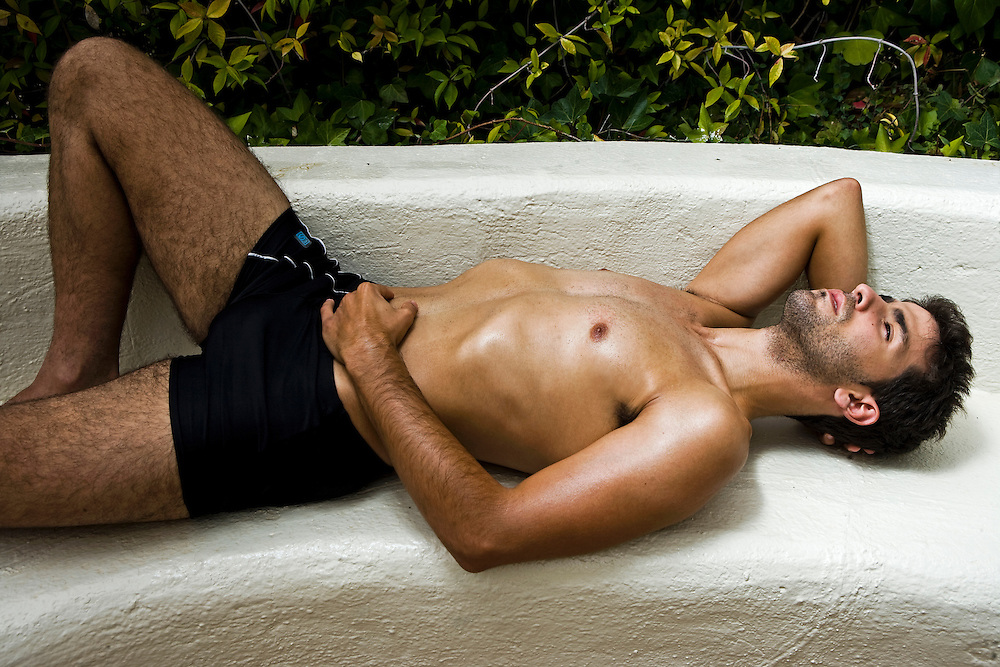 Modelo: Eduardo Kilez.