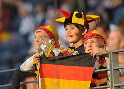 30.06.2011, Commerzbank-Arena, Frankfurt, GER, FIFA Women Worldcup 2011, GRUPPE A, Deutschland (GER) vs. Nigeria (NGR) , im Bild Fan Feature  // during the FIFA Women Worldcup 2011, Pool A, Germany vs. Nigeria on 2011/06/30, Commerzbank-Arena, Frankfurt, Germany. EXPA Pictures © 2011, PhotoCredit: EXPA/ nph/  Roth       ****** out of GER / CRO  / BEL ******