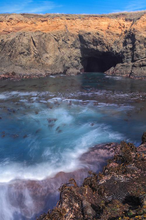 Sea Cave And Kelp Cove - Russian Gulch - Mendocino, CA