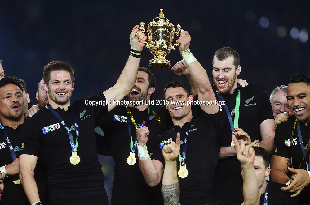Richie McCaw and Dan Carter with the Webb Ellis Trophy as they celebrate winning during the Rugby World Cup Final. New Zealand All Blacks v Australia Wallabies, Twickenham Stadium, London, England. Saturday 31 October 2015. Copyright Photo: Andrew Cornaga / www.Photosport.nz