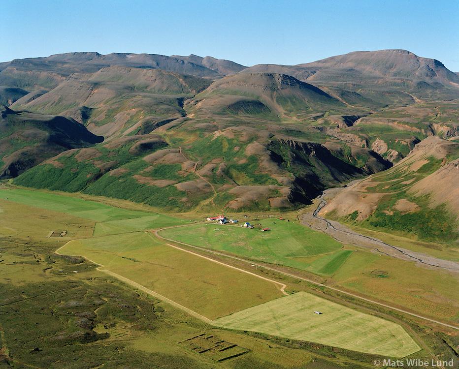 Fjöll séð til suðvesturs, Norðurþing áður Kelduneshreppur / Fjoll viewing southwest, Nordurthing former Kelduneshreppur.