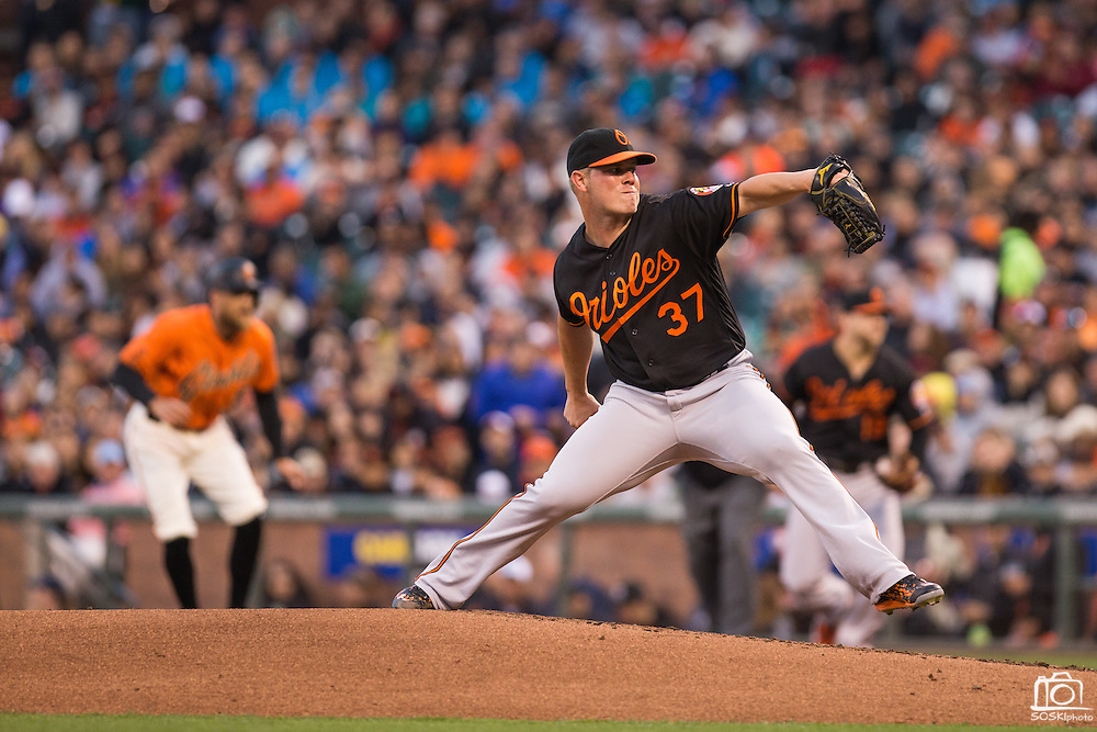 Baltimore Orioles starting pitcher Dylan Bundy (37) pitches against the San Francisco Giants in the fourth inning at AT&T Park in San Francisco, Calif., on August 12, 2016. (Stan Olszewski/Special to S.F. Examiner)