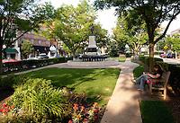 Hyde Park Square Cincinnati Ohio