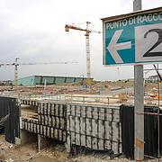 Cantiere del grattacielo della Regione Piemonte nell'area ex industriale di via Nizza  (che comprende anche il Lingotto), dove un tempo sorgevano gli impianti dell'ex Fiat Avio..Torino  maggio 2013