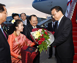 VIENTIANE, Sept. 6, 2016 (Xinhua) -- Chinese Premier Li Keqiang arrives in the Laotian capital of Vientiane on Sept. 6, 2016, setting in motion his first official visit to the country, where he will also attend the East Asia Summit. During the visit, Li will also attend the 19th China-ASEAN (10+1) leaders' meeting, and the 19th meeting of the leaders of ASEAN-China, Japan and South Korea (10+3). (Xinhua/Rao Aimin) (wyl) (Credit Image: © Rao Aimin/Xinhua via ZUMA Wire)