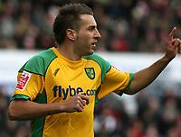 Photo: Paul Greenwood/Sportsbeat Images.<br /> Stoke City v Norwich City. Coca Cola Championship. 01/12/2007.<br /> Norwich's Darren Huckerby celebrates