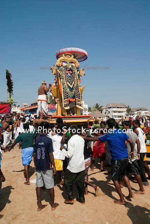 India, Tamil Nadu, Mahabalipuram Holi ka dahan the celebration of the death of Holika