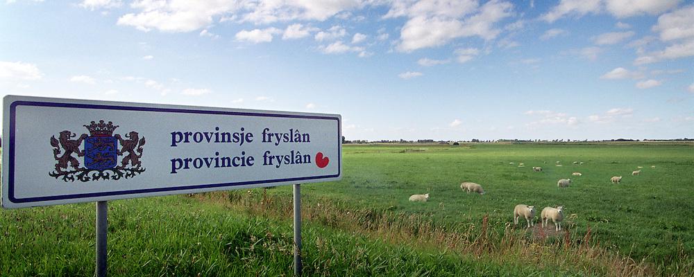 Provinciebord van Friesland bij Visvliet op de provinciegrens van Groningen en Friesland.