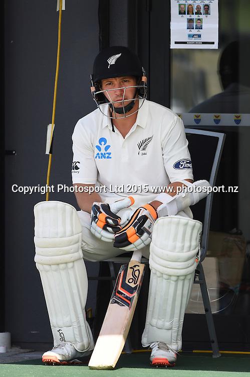 BJ Watling on day 4 of the 2nd cricket test match between New Zealand Black Caps and Sri Lanka at Seddon Park in Hamilton, New Zealand. Monday 21 December 2015. Copyright photo: Andrew Cornaga / www.photosport.nz