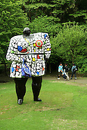 The Hakone Open Air Museum creates a harmonic balance of the nature of Hakone National Park with art in the form of scultpures and other artwork, usually replicas, using the nature of Hakone National Park as a frame or background. The park encourages children to play and includes many light-hearted sculptures to entertain as well as inspire visitors.