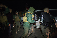 5/1/2016--Iraq,Daquq-- One of the sergeant of working team while arresting the third member in Daquq.