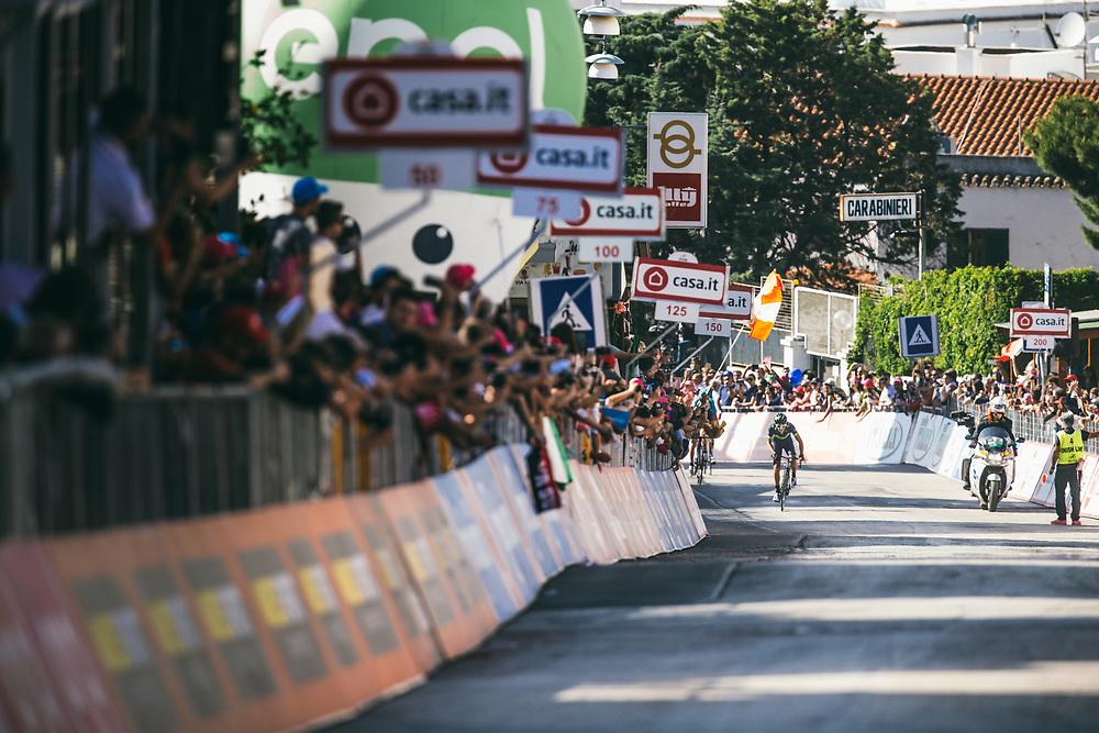 Gorka Izaguirre came around the last corner in Peschici with daylight between him and chaser Giovanni Visconti. Photo: Iri Greco / BrakeThrough Media   brakethroughmedia.com