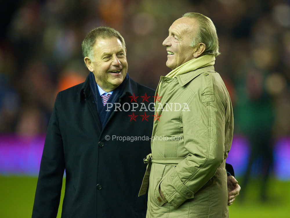 LIVERPOOL, ENGLAND - Wednesday, December 16, 2009: Former Liverpool players Gordon Milne and Peter Thompson join the parade of Liverpool Legends on the pitch at Anfield to commemorate 50 years since the appointment of the late, great Bill Shankly as manager of Liverpool Football Club. (Photo by: David Rawcliffe/Propaganda)