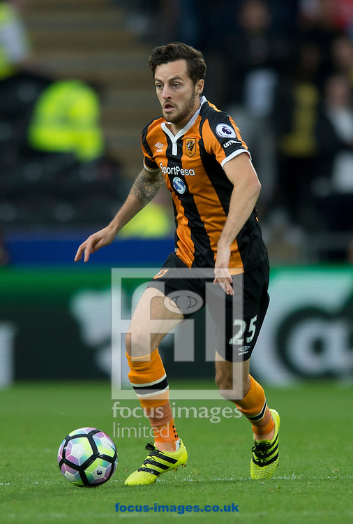 Ryan Mason of Hull City during the Premier League match at the KCOM Stadium, Hull<br /> Picture by Russell Hart/Focus Images Ltd 07791 688 420<br /> 17/09/2016