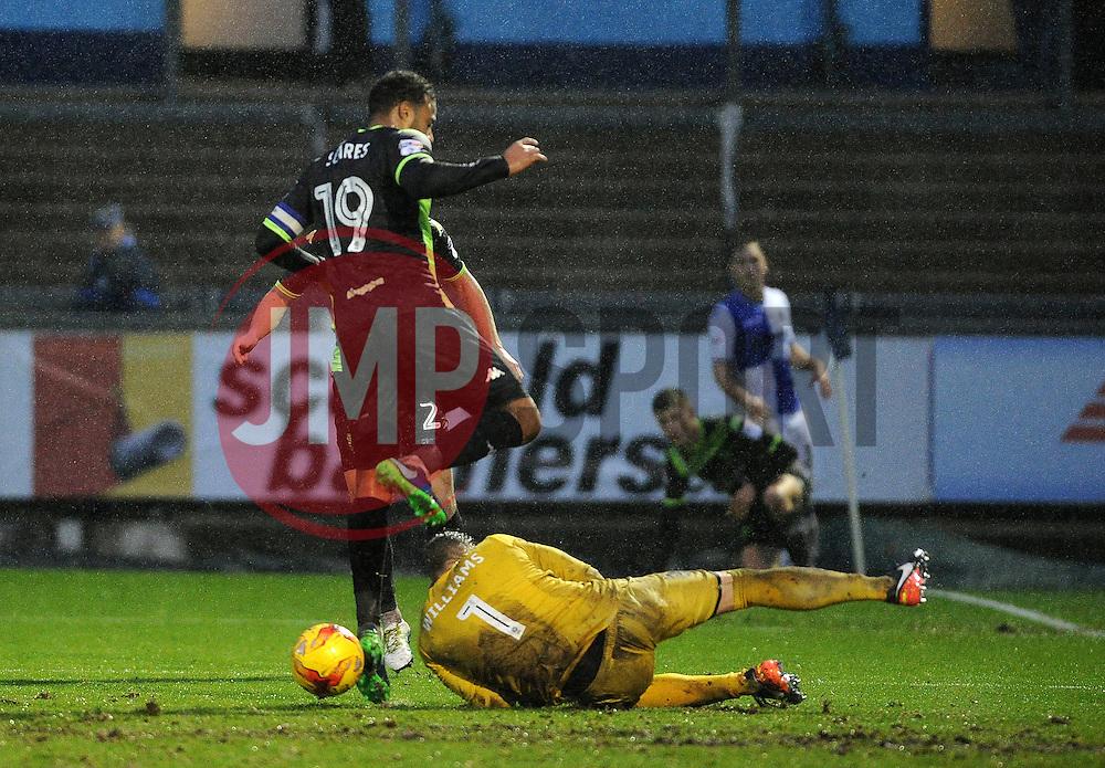 Ben Williams of Bury spills the ball allowing Matt Taylor of Bristol Rovers to score - Mandatory by-line: Neil Brookman/JMP - 10/12/2016 - FOOTBALL - Memorial Stadium - Bristol, England - Bristol Rovers v Bury - Sky Bet League One
