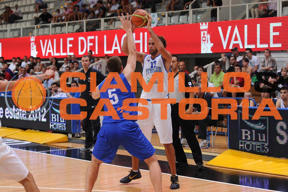 DESCRIZIONE : Trento Primo Trentino Basket Cup Italia Bosnia Erzegovi<br /> GIOCATORE : Luigi Datome<br /> CATEGORIA : passaggio<br /> SQUADRA : Nazionale Italia Maschile<br /> EVENTO :  Trento Primo Trentino Basket Cup<br /> GARA : Italia Bosnia Erzegovi<br /> DATA : 26/07/2012<br /> SPORT : Pallacanestro<br /> AUTORE : Agenzia Ciamillo-Castoria/C.De Massis<br /> Galleria : FIP Nazionali 2012<br /> Fotonotizia : Trento Primo Trentino Basket Cup Italia Bosnia Erzegovi<br /> Predefinita :