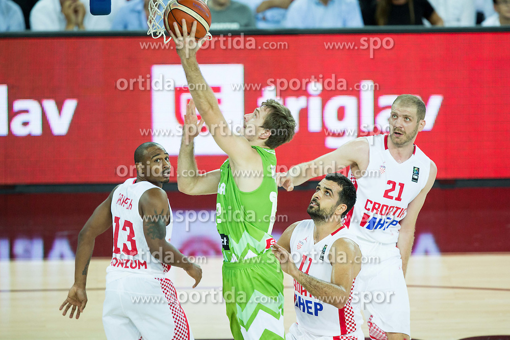 Zoran Dragic of Slovenia during basketball match between Croatia and Slovenia at Day 1 in Group C of FIBA Europe Eurobasket 2015, on September 5, 2015, in Arena Zagreb, Croatia. Photo by Vid Ponikvar / Sportida