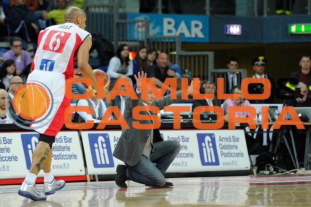 DESCRIZIONE : Pesaro Lega A 2010-11 Scavolini Siviglia Pesaro Enel Brindisi<br /> GIOCATORE : Luca Dalmonte<br /> SQUADRA : Scavolini Siviglia Pesaro<br /> EVENTO : Campionato Lega A 2010-2011<br /> GARA : Scavolini Siviglia Pesaro Enel Brindisi<br /> DATA : 23/04/2011<br /> CATEGORIA : coach<br /> SPORT : Pallacanestro<br /> AUTORE : Agenzia Ciamillo-Castoria/C.De Massis<br /> Galleria : Lega Basket A 2010-2011<br /> Fotonotizia : Pesaro Lega A 2010-11 Scavolini Siviglia Pesaro Enel Brindisi<br /> Predefinita :