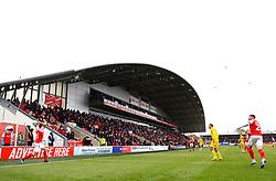 Eddie Clarke of Fleetwood Town takes a throw in - Mandatory by-line: Matt McNulty/JMP - 27/04/2019 - FOOTBALL - Highbury Stadium - Fleetwood, England - Fleetwood Town v Bristol Rovers - Sky Bet League One