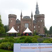 Koning en koningin bezoeken Noordrijn-Westfalen.<br /> Nederlands – Duitse bedrijvenbijeenkomst  bij SchlossMoyland<br /> <br /> King and Queen visit North Rhine-Westphalia.<br /> Dutch - German companies meeting SchlossMoyland<br /> <br /> Op de foto / On the photo:  SchlossMoyland