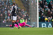 Dundee keeper Scott Bain pushes away a shot - Celtic v Dundee in the Ladbrokes Scottish Premiership at Celtic Park, Glasgow. Photo: David Young<br /> <br />  - &copy; David Young - www.davidyoungphoto.co.uk - email: davidyoungphoto@gmail.com