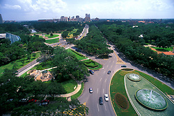 Stock photo of an aerial view of the Hermann Park entrance and Mecom Fountain on a sunny afternoon