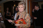 Angela Rippon, Opening night of Dralion. Cirque de Soleil's 20th anniversary. Royal Albert Hall. 6 jan 2005. ONE TIME USE ONLY - DO NOT ARCHIVE  © Copyright Photograph by Dafydd Jones 66 Stockwell Park Rd. London SW9 0DA Tel 020 7733 0108 www.dafjones.com