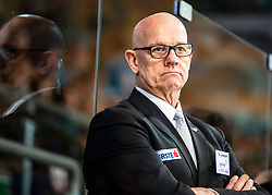 03.01.2020, Keine Sorgen Eisarena, Linz, AUT, EBEL, EHC Liwest Black Wings Linz vs Vienna Capitals, 35. Runde, im Bild Head-Coach Tom Rowe (EHC Liwest Black Wings Linz) // during the Erste Bank Eishockey League 35th round match between EHC Liwest Black Wings Linz and Vienna Capitals at the Keine Sorgen Eisarena in Linz, Austria on 2020/01/03. EXPA Pictures © 2019, PhotoCredit: EXPA/ Reinhard Eisenbauer