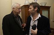 Michael Craig-Martin and Mat Collishaw. CFAR charity evening to celebrate' in the Freud Museum' Freud Museum. Maresfield  Gdns. London 11 April 2002. © Copyright Photograph by Dafydd Jones 66 Stockwell Park Rd. London SW9 0DA Tel 020 7733 0108 www.dafjones.com