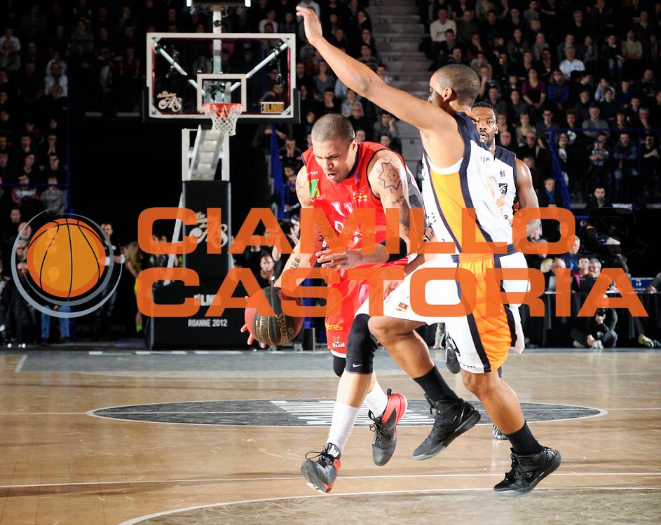 DESCRIZIONE : Championnat de France Pro A Semaine des As Roanne Finale<br /> GIOCATORE : Schilb Blake<br /> SQUADRA : Chalon <br /> EVENTO : Pro A Semaine des As<br /> GARA : Chalon Gravelines<br /> DATA : 19/02/2012<br /> CATEGORIA : Basketball France Homme<br /> SPORT : Basketball<br /> AUTORE : JF Molliere<br /> Galleria : France Basket 2011-2012 Action<br /> Fotonotizia : Championnat de France Basket Pro A Semaine des As<br /> Predefinita :