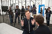 David Shrigley, Stephen Friedman Gallery , opening of the 2010 Frieze art fair. Regent's Park. London. 13 October 2010. -DO NOT ARCHIVE-© Copyright Photograph by Dafydd Jones. 248 Clapham Rd. London SW9 0PZ. Tel 0207 820 0771. www.dafjones.com.