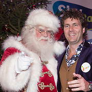 NLD/Hilversum /20131210 - Sky Radio Christmas Tree For Charity 2013, Dennis Wilt en de kerstman