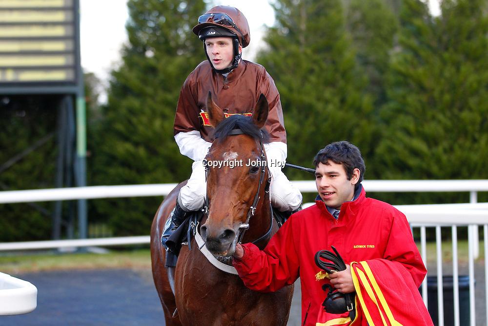 Prince Of Burma and David Probert winning the 1.25 race