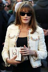 Carla Bruni bei der Chanel Modenschau während der Paris Fashion Week / 041016<br /> <br /> ***Chanel fashion show as part of Paris Fashion Week on october 04, 2016 in Paris***