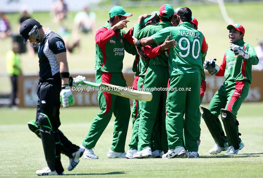 Bangladesh celebrate the run out of Brendon McCullum for a duck. New Zealand Black Caps v Bangladesh. 1st ODI. McLean Park, Napier. Friday 05 February 2010  Photo: John Cowpland/PHOTOSPORT