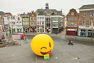 Nederland, Den Bosch, 20151112.<br /> Tele2 goes wild. Naast het Jeroen Bosch standbeeld is een gigantische emoji geplaatst.<br /> Tele2 heeft nu 4G in de grote steden<br /> <br /> Netherlands, Den Bosch, 20151112.