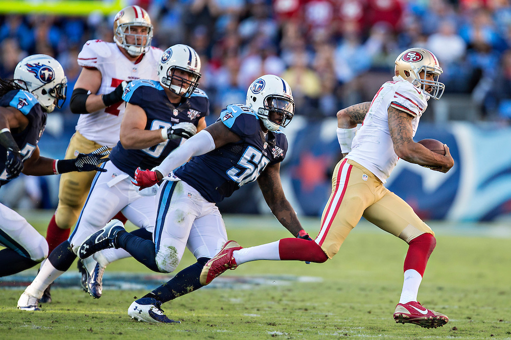 NASHVILLE, TN - OCTOBER 20:  Colin Kaepernick #7 of the San Francisco 49ers runs the ball against the Tennessee Titans at LP Field on October 20, 2013 in Nashville, Tennessee.  The 49ers defeated the Titans 31-17.  (Photo by Wesley Hitt/Getty Images) *** Local Caption *** Colin Kaepernick