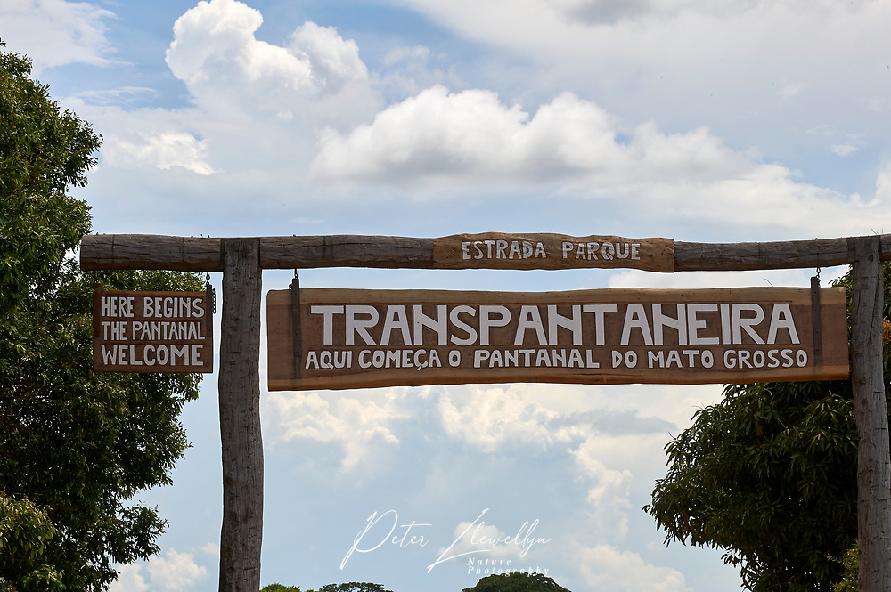 Entrance to Transpantanera Highway, Sucandi,  Sao Paulo, Brazil (Photo: Peter Llewellyn)