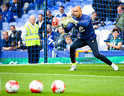 Everton's Tim Howard warms up - Mandatory byline: Matt McNulty/JMP - 07966386802 - 23/08/2015 - FOOTBALL - Goodison Park -Everton,England - Everton v Manchester City - Barclays Premier League