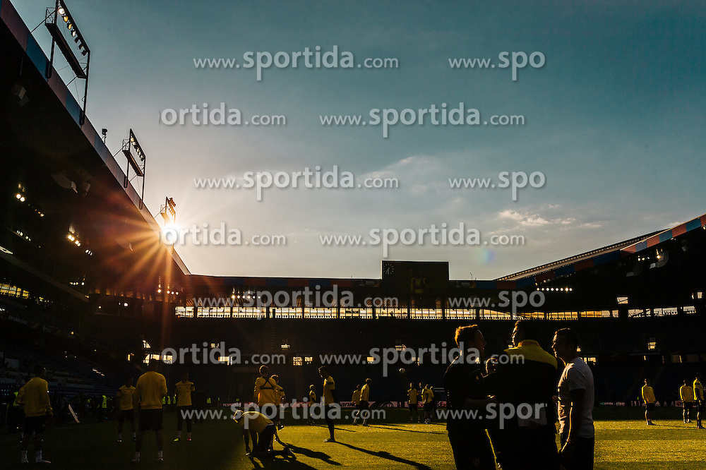 17.05.2016, St. Jakob Park, Basel, SUI, UEFA EL, FC Liverpool vs Sevilla FC, Finale, im Bild Sonnenuntergang über den Stadion // sunset above the Stadium during the Training in front of the Final Match of the UEFA Europaleague between FC Liverpool and Sevilla FC at the St. Jakob Park Stadium in Basel, Switzerland on 2016/05/17. EXPA Pictures © 2016, PhotoCredit: EXPA/ JFK