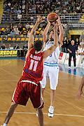 DESCRIZIONE : Torino Qualificazione Eurobasket 2009 Italia Bulgaria<br /> GIOCATORE : Marco Mordente<br /> SQUADRA : Nazionale Italia Uomini<br /> EVENTO : Raduno Collegiale Nazionale Maschile <br /> GARA : Italia Bulgaria Italy Bulgaria<br /> DATA : 17/09/2008 <br /> CATEGORIA : Tiro<br /> SPORT : Pallacanestro <br /> AUTORE : Agenzia Ciamillo-Castoria/G. Ciamillo <br /> Galleria : Fip Nazionali 2008<br /> Fotonotizia : Torino Qualificazione Eurobasket 2009 Italia Bulgaria<br /> Predefinita :