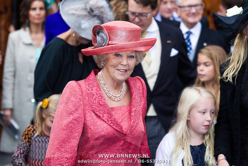 NLD/Apeldoorn/20130105 - Huwelijk prins Jaime en prinses Viktoria Cservenyak, prinses Beatrix